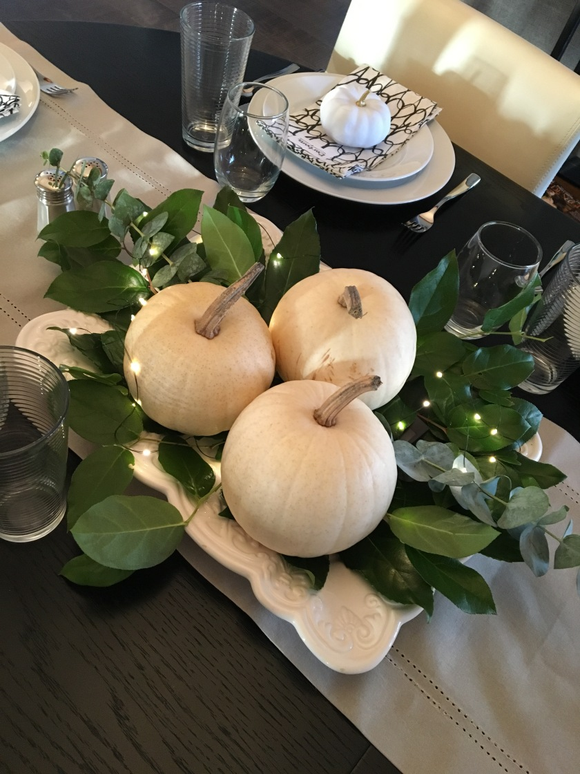 Thanksgiving 2017 table centerpeice