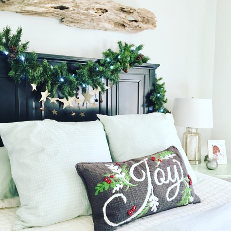2017 Christmas bedroom